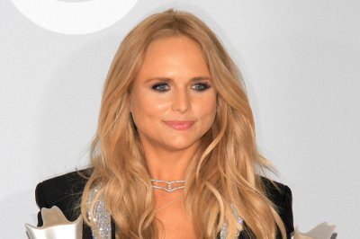 Miranda Lambert, Garth Brooks, Carrie Underwood to perform at CMA Awards