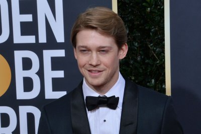 Famous-birthdays-for-Feb.-21:-Joe-Alwyn,-Sophie-Turner