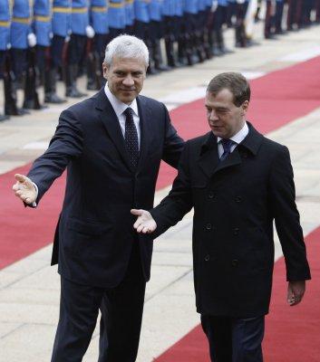 Serbia head pardons actor Zarko Lausevic