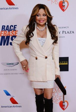 La Toya Jackson marries Jeffre Phillips in Los Angeles