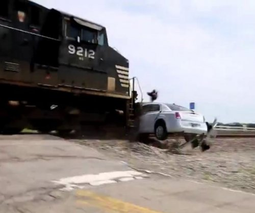 Indiana crash between train and limousine caught on camera
