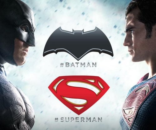 'Batman v Superman' final trailer released