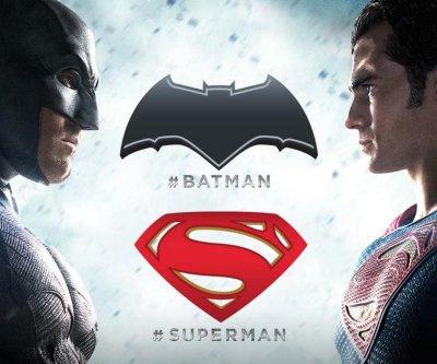 'Batman v Superman' final trailer released