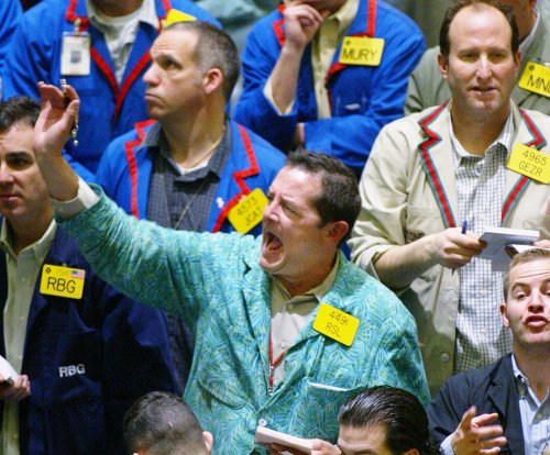 Oil prices up on lingering threats to production