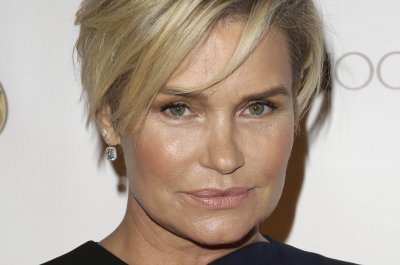 David Foster's daughters dismiss Yolanda Hadid's illness: 'You're not dying'