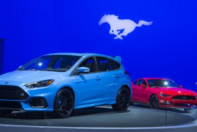 U.S. auto sales slowed in July as top 3 automakers saw declines, figures show