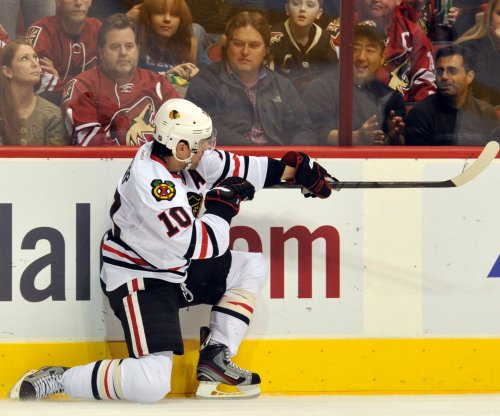 Patrrick Sharp rejoins Chicago Blackhawks in free agent deal