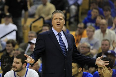 John Calipari: No. 8 Kentucky needs new habits