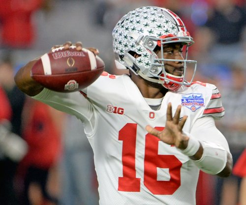 Enough for playoff? Ohio State holds off Wisconsin to win Big Ten title