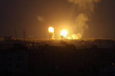 Israel strikes Hamas targets after rockets fired from Gaza Strip