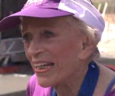 Harriette Thompson, 92, becomes oldest woman to finish a marathon
