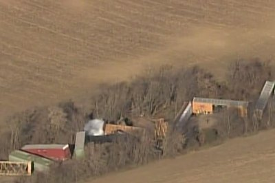 Entire town of Ellendale, Minn., evacuated due to train derailment