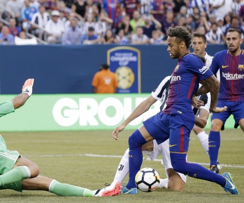 Barcelona's Neymar nets ridiculous goal in 2-1 win vs. Juventus