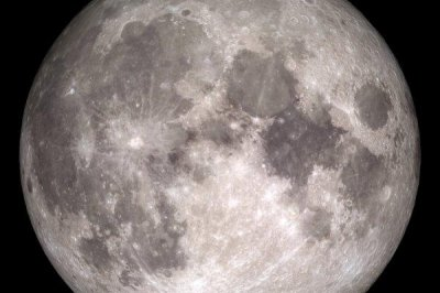 Researcher takes moon's internal temperatures, gains insights into inner structures