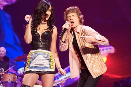 Katy Perry tweets photo of herself with Mick Jagger