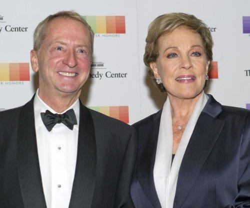 Julie Andrews to star in pre-school program 'Julie's Greenroom' for Netflix