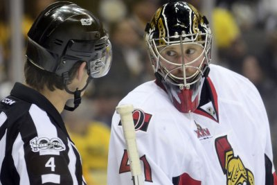 Ottawa Senators sign Craig Anderson to extension