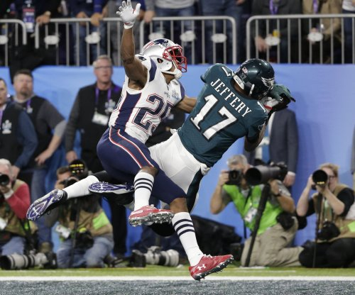 Philadelphia Eagles WR Alshon Jeffery has rotator cuff surgery