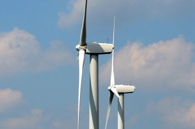 Canadian energy company says renewables key to emissions goal