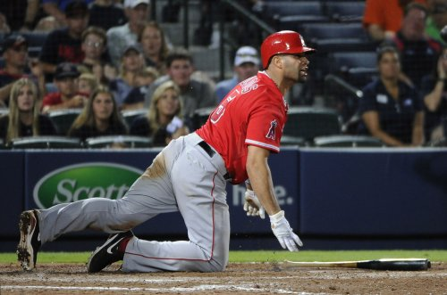 Angels take the White Sox in double-header opener