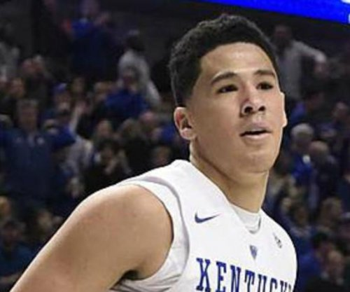 Top-ranked Kentucky Wildcats take on Auburn Tigers
