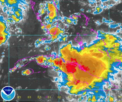 Tropical disturbance to bring soaking rain to Florida