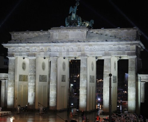 On This Day: Germany votes to move capital to Berlin