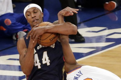 New Orleans Pelicans F Dante Cunningham out with fractured fibula