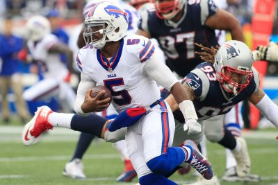 Buffalo Bills' QB Tyrod Taylor has critics, but he takes care of the ball