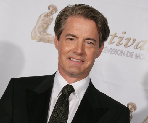 'Twin Peaks' revival gets premiere date