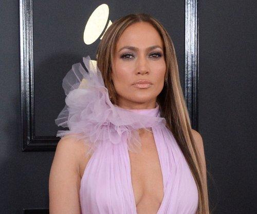 Jennifer Lopez confirms she's single after Drake romance