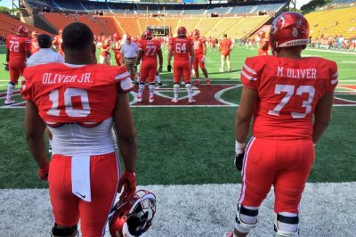 Houston DT Ed Oliver expected to play vs. Memphis
