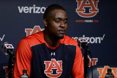 Auburn reinstates suspended Cinmeon Bowers