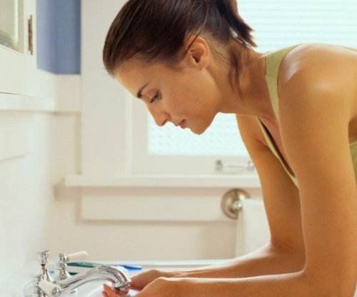 Your healthy skin germs stay put, despite cleaning