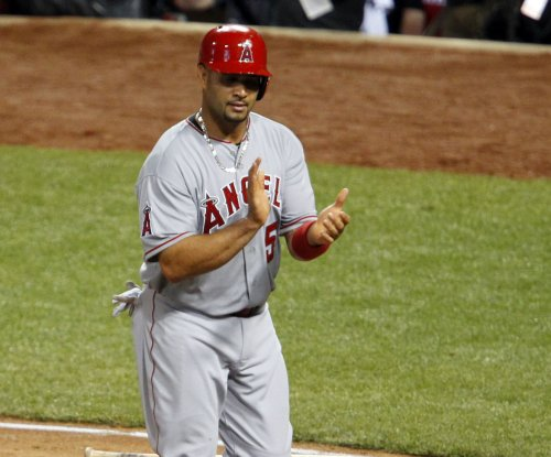 Albert Pujols up to No. 10 in homers, Los Angeles Angels top Toronto Blue Jays