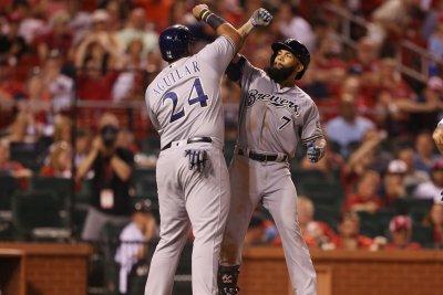 Milwaukee Brewers, resurgent Eric Thames blast Baltimore Orioles