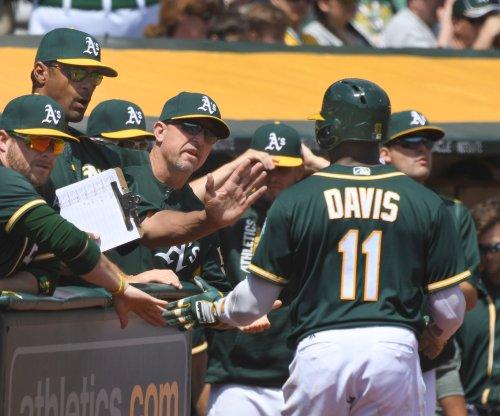 Oakland Athletics beat Minnesota Twins on Rajai Davis' walk-off homer