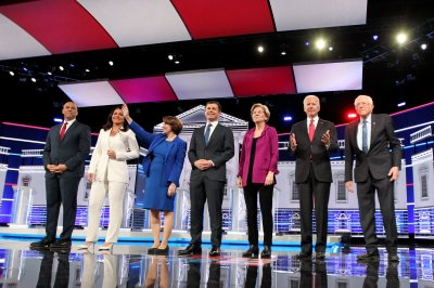 Democrats weigh in on Trump impeachment, foreign policy in 5th debate