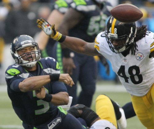 Seahawks' Russell Wilson makes case as hottest NFL player
