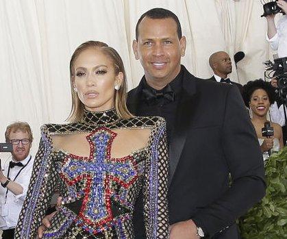 Alex Rodriguez spends 'family time' with Jennifer Lopez's son