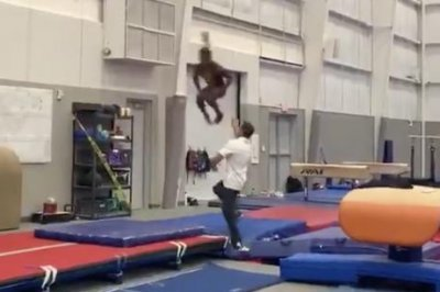 Watch: Simone Biles shows off Olympic form with rare gymnastic move