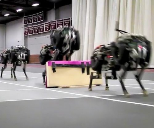 Robotic cheetah jumps hurdles while running