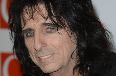 Alice Cooper to play King Herod in NBC's 'Jesus Christ Superstar Live!'
