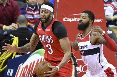 Lillard's Blazers take on Davis' Pelicans in round one