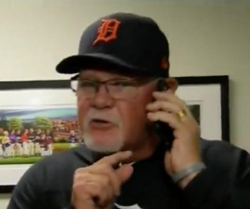 Tigers manager Ron Gardenhire has a Kelly Clarkson ringtone