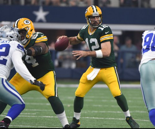 Rodgers among 16 excused from Packers' minicamp