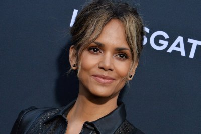 Halle Berry to star alongside Mark Wahlberg in 'Our Man From New Jersey'