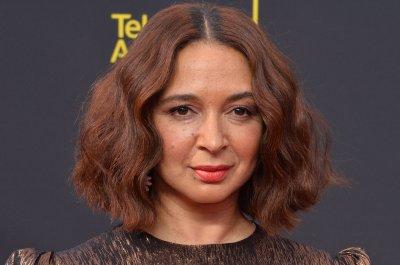'SNL:' Maya Rudolph, Martin Short play Kamala Harris, Doug Emhoff