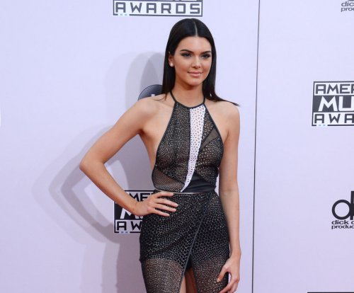 Kendall Jenner denies being bullied during NYFW