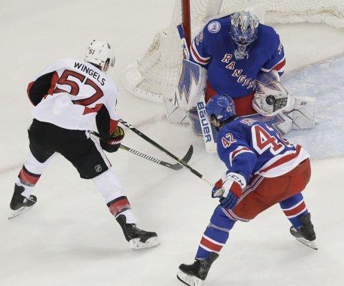Oscar Lindberg scores twice as New York Rangers rout Ottawa Senators